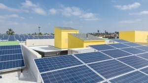 Kalos architects installed energy-saving solar technology and also offer a charging station for Smart Cars. (Photo by Mark Davidson Photography)