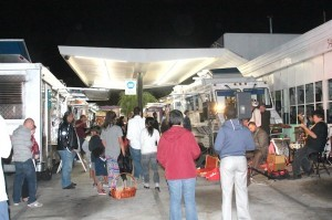 Food Trucks and humans congregate at Smitty's Service Station every Tuesday (Photo by Hutton Marshall)