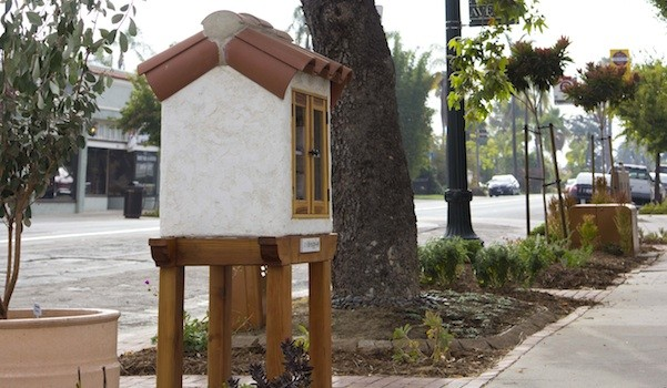 The Larabee's Little Free Library in Kensington (Photo by Dennis Lauck)