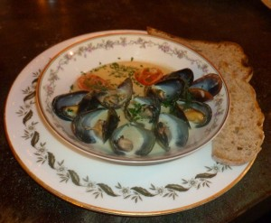 Mussels in dill cream sauce (Photo by Dr. Ink)