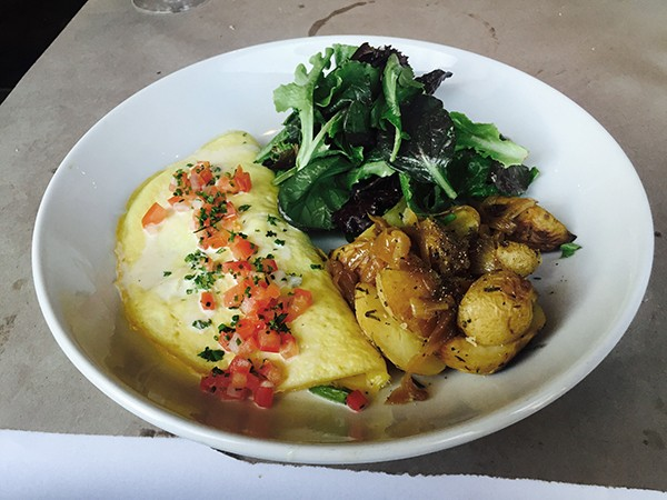 The au fromage omelet (Photo by Frank Sabatini Jr.)