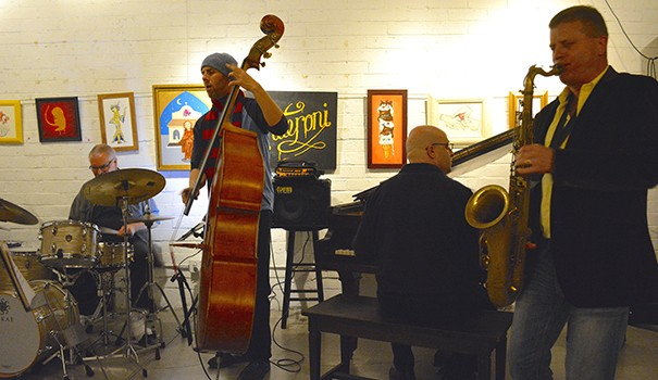 A jam session by 3S Underground Jazz on Jan. 5 at 3rdSpace in University Heights (Photo by Matan Chaffee)